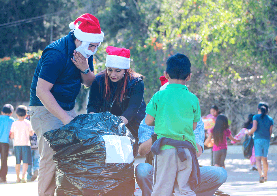 Nearsol giving toys to kids